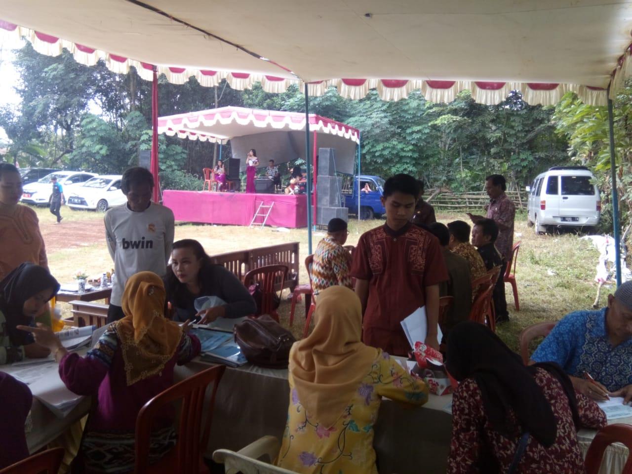 Pelayanan langsung (gempungan) di Keluarahan Cipaisan Kecamatan Purwakarta